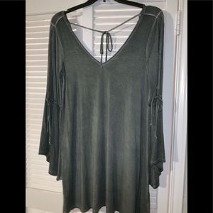 American Eagle cold shoulder bell sleeve dress